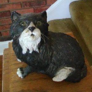 Black/White Cat Figurine